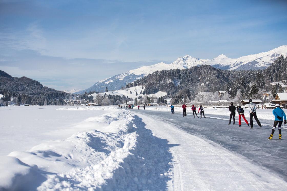 Eislaufen am Weissensee in Kärnten