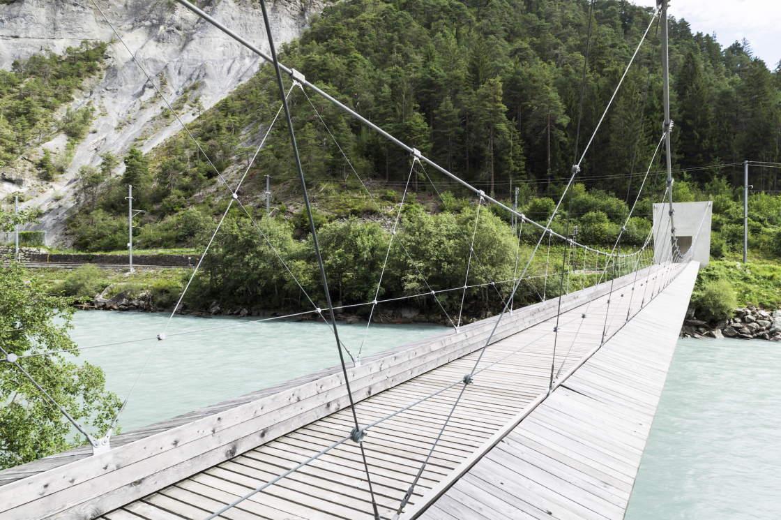 Brücken Wanderweg über die Rheinschlucht