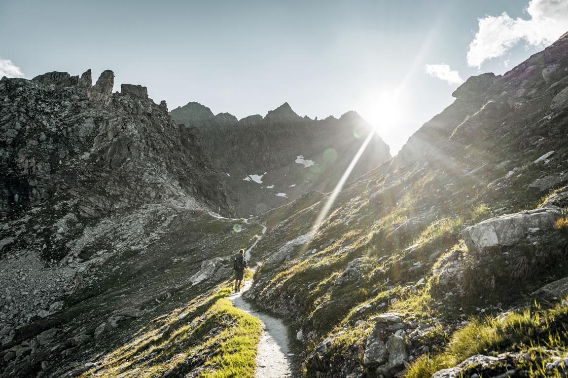 weitwandern alpen schweiz wallis