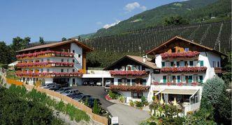 Hotel in Südtirol oberhalb Meran